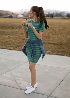 Spring Dress With Denim - spring outfit ideas, simple style, cute everyday outfits, women's fashion. Source by dthompsy ideas simple Casual Dress Outfits, Modest Outfits, Simple Outfits, Classy Outfits, Chic Outfits, Spring Outfits, Trendy Outfits, Girl Outfits, Teenage Outfits