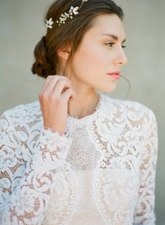 Gorgeous lace long sleeve gown: Photography: Vasia Photography - vasia-weddings.com   Read More on SMP: http://www.stylemepretty.com/2016/07/13//