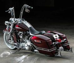 "Follow & Tag ""HD Tourers and Baggers"" on Instagram, Facebook, Twitter & across the Web. ===================== #hdtourersandbaggers ✌ ===================== Credit to @conceptcycleworks ===================== #instamotogallery #instamoto #motorcycles #harleydavidson #roadkingclassic #roadking #roadglide #streetglide #softail #showoffmyharley #harleysofinstagram #harleylife #bikelife #bikersofinstagra #bikestagram  #harleyrider #harleyriders #customharley #throttlezone #harleydavidsonnation…"