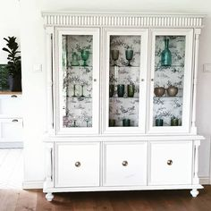 China Cabinet, Sweet Home, Dining Room, Storage, Painting, Furniture, Instagram, Home Decor, Dinner Room