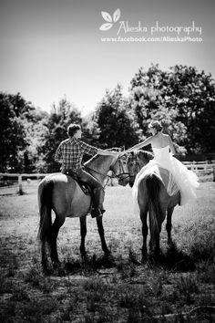 #bride, #groom, #vintagewedding, #horse, #wedding, #vintage, #farm, #horses, #alieskaphoto, #jean, #holdinghands, #nature, #equestrian