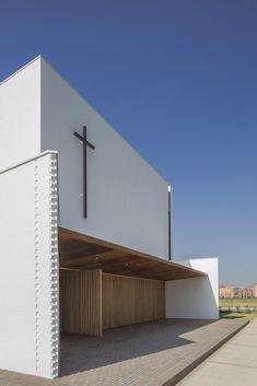 Gallery of Santa Cecilia Church / FBD Arquitectura y Diseño Urbano - 17