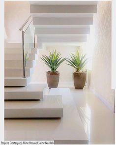 Escada para surpreender! . . http://ift.tt/1U7uuvq arqdecoracao arqdecoracao @arquiteturadecoracao @acstudio.arquitetura  #Interiores #design #home #world #perfect #photooftheday #instago #decoracao #construcao #instadecor #architecture #instamood #arquiteta #love #decor #arquitetura #instadaily #homestyle #beautiful #top #amazing #igers #adescada #escada