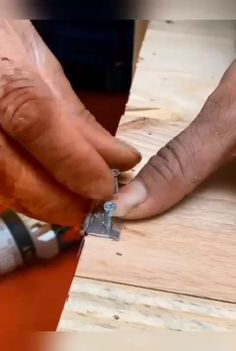 Beginner Woodworking Projects, Woodworking Techniques, Woodworking Plans, Wood Shop Projects, Reclaimed Wood Projects, Kombi Pick Up, Wood Carving Designs, Diy Wood Signs, Wood Creations