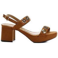 Compre Sandália Vizzano Meia Pata Ilhóses Caramelo na Zattini a nova loja de moda online da Netshoes. Encontre Sapatos, Sandálias, Bolsas e Acessórios. Clique e Confira!