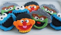 Sesame Street Cookies. Awesome for a birthday party! Bake at 350. #cookie monster