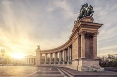 Heroes' Square - Budapest by Zsolt Hlinka Places In Europe, Places To Travel, Places To See, Great Buildings And Structures, Modern Buildings, Budapest Travel, Hungary Travel, Voyage Europe, Travel Humor