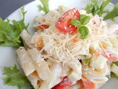 Recept na výborný svěží těstovinový salát. Tento svěží těstovinový salát je bez masa, takže si ho můžou udělat i vegetariáni. Svěží těstovinový salát je ... Cabbage, Spaghetti, Vegetables, Ethnic Recipes, Food, Essen, Cabbages, Vegetable Recipes, Meals