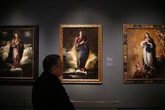 Esta muestra cuenta con la colaboración especial del Museo del Prado, la Consejería de Cultura y del Ayuntamiento de Sevilla, organizador del 'Año Murillo'. En la imagen, obras de la 'Inmaculada Concepción'.