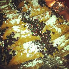 my Italian's Christmas Cannolis