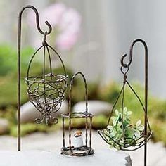 Set of 3 Mini Wire Baskets for your fairy garden, how sweet!