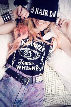 American girly rocking grunge style!! #grunge #girl #style #fashion
