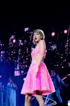 1989 World Tour: June 19, 2015   Cologne, Germany