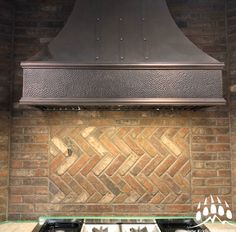 Rock Solid…Expect it! High quality manufactured stone, natural stone, brick and acrylic stucco products Thin Brick Veneer, Manufactured Stone, Construction Design, Luxury Real Estate, Home Builders, Building Design, Custom Homes, Natural Stones, Luxury Homes