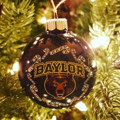 24 examples of how the Baylor family has added some green & gold to their Christmas decor