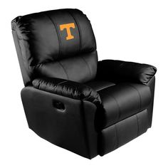 Rocker Recliner   HoundDogs of Knoxville