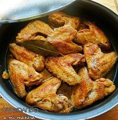 Sin duda una de las partes del pollo que más me gustan son las alitas, y una de las formas en las que más me gusta comerlas es al ajillo. Así que esta es una de las recetas que me gusta especialmen… Pollo Chicken, Chicken Wings, Mexican Food Recipes, Diet Recipes, Healthy Recipes, Honey Bbq, Kitchen Dishes, Chicken Salad Recipes, Food To Make