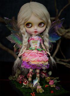 Little Fairy Blythe Troll, Dark Drawings, Barbie, Kawaii Doll, Poppy Parker, Creepy Dolls, Cute Anime Couples, Little Doll, Cute Dolls