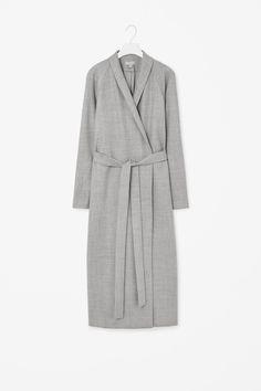 MINIMAL + CLASSIC: Full-length wool coat