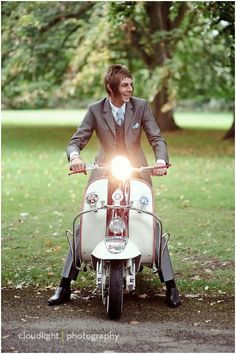 Vintage Motorcycles Mod Wedding - I normally post my Real Weddings on a Friday, but as I have had so many wonderful submissions in recently I decided that I needed to get them up quicker Piaggio Vespa, Lambretta Scooter, Scooter Scooter, Vespa Scooters, Motor Scooters, Mod Fashion, 1960s Fashion, Sporty Fashion, Fashion Women