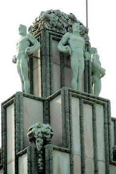 Palais Stoclet - Bruxelles What's Art ? Architecture Art Nouveau, Beautiful Architecture, Beautiful Buildings, Architecture Details, Arte Art Deco, Art Deco Stil, Art Deco Buildings, Art Moderne, Gustav Klimt