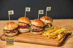 Burger dünyanıza renk katan çeşitlerimiz Burger Mood Manavgat Burger, 4x4, Chicken, Ethnic Recipes, Food, Essen, Meals, Yemek, Eten
