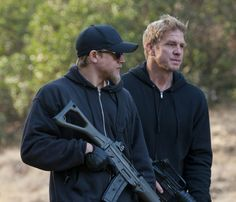 Still of Kenny Johnson and Charlie Hunnam in Sons of Anarchy