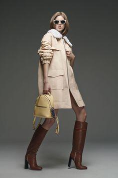 Fendi Pre-Fall 2015 Runway – Vogue (Photo: Courtesy of Fendi)