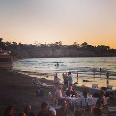 Amazing Sunset @themarineroom and a Big High Tide coming up around 9 pm ❤️Life is Delicious ...join us this weekend for more of Mother Nature spectacular Show! #lajolla #marineroom #sandiego #highlights #hightide #sunset #romanticdinner #delish #life #love #specialtyproduce #sandiegomagazine #eat #local #lajollalocals #sandiegoconnection #sdlocals - posted by Chefbernard  https://www.instagram.com/chefbernardguillas. See more post on La Jolla at http://LaJollaLocals.com