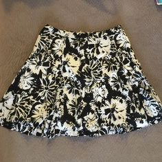 LOFT Black and white floral skirt 6p small Good condition. Fully lined. Size 6p. Bundle to save even more! LOFT Skirts