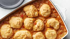 Howdy, Pilgrim Ground Beef And Cheddar Cheese Put A Cowboy Spin On This Version Of Classic Biscuits And Gravy. On the off chance that Youre Wondering If Its More For Dinner Or Brunch, The Answer Is Both. Biscuits And Gravy, Cookies Et Biscuits, Shortbread Cookies, Portobello, All You Need Is, 16 Bars, Caramel, Bisquick, Deep Dish
