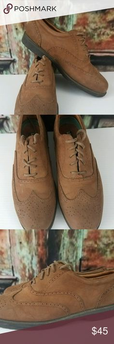 LANDROVER-Mens-Tan-Suede-Leather-Oxford Shoe 10 Excellent Pre-Loved Condition Men's Sz 10M Land Rover Oxford Lace Up Shoes.   There is slight wear on the bottom of the shoes. Landrover Shoes Oxfords & Derbys
