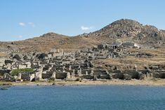 Discover Delos & The Plans for the New Delos Museum - Luxury Villas in Mykonos Ovid Metamorphoses, Thasos, Greek Island Hopping, Greek Gods, Greek Mythology, Mykonos, Paris Skyline, City Photo, To Go