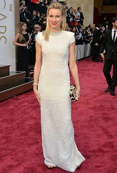 Naomi Watts' sequin wintry white Calvin Klein gown and icy Bulgari jewels felt supremely glam on the Oscar's red carpet Naomi Watts Oscars, Celebrity Dresses, Celebrity Style, Celebrity News, Celebrity Photos, Academy Awards 2014, Oscars Red Carpet Dresses, Oscars 2014, Oscar Dresses