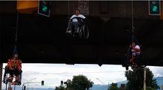 Wheelchair protesters suspend from bridge in Bolivia (VIDEO)  http://pronewsonline.com  © ANF Noticias Fides
