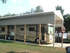Got to like this website. Look at the webpage to learn more about motorhome awnings. Check the webpage for more. Carport Sheds, Rv Carports, Rv Garage, Garage Remodel, Garage Ideas, Rv Shelter, Lightweight Trailers, Storage Shed Plans, House Windows