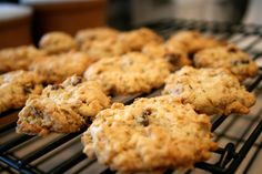 Cranberry, Coconut, Oatmeal Crunch Cookies