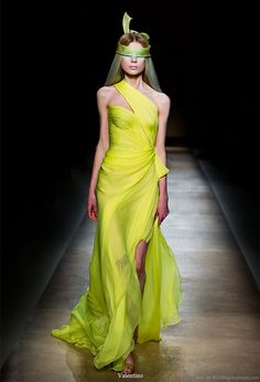 Valentino Haute Couture Spring Summer 2010 collection