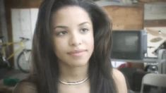 aaliyah, gif, and babygirl image Afro, Aaliyah Style, Aaliyah Haughton, Black Actresses, Bare Face, Queen, Light Skin, The Most Beautiful Girl, Interesting Faces