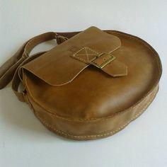 Saddle Bags, Fashion, Bags, Moda, Fashion Styles, Fashion Illustrations