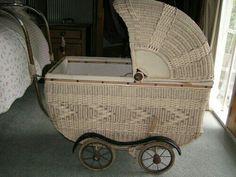 Old vintage wicker baby pram Vintage Pram, Vintage Dolls, Pram Stroller, Baby Strollers, Old Cribs, Old Baskets, Prams And Pushchairs, Dolls Prams, Baby Buggy