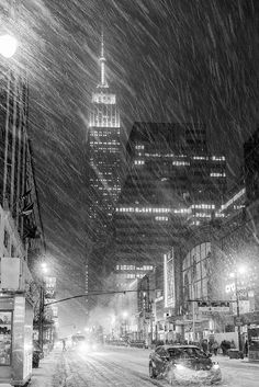 NYC Blizzard New York photography, NYC photography, Manhattan photography, NYC snow. Photographie New York, Ville New York, Voyage New York, I Love Nyc, Concrete Jungle, Winter Scenes, Hampshire, Wyoming, Cities