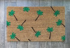 Palm Tree doormat / Custom Outdoor Welcome Mat / Wedding Gift Weathered Paint, Top Wedding Trends, Personalized Door Mats, Newlywed Gifts, Great Housewarming Gifts, Welcome Mats, Mold And Mildew, Porch Decorating, Decorating Ideas
