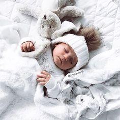 Cutie @frkeinevoll ♡ #babyboy #cute #cutie #smile #baby #infant #beautiful #babiesofinstagram #beautifulbaby #instagram_kids #igbaby #cutebaby #babystyle #babyfashion #igbabies #kidsfashion #cutekidsclub #ig_kids #babies #child #babymodel #children #instakids #fashionkids #repost#love Cutest Babies Ever, Cute Babies, Cute Baby Photos, Baby Models, Babies Clothes, Baby Style, Baby Outfits, Beautiful Babies, Kids Fashion