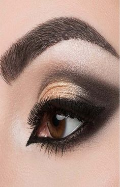 Dramatic Cut Crease Arabic Eye Makeup – Tutorial With Detailed Steps And Pictu. - Dramatic Cut Crease Arabic Eye Makeup – Tutorial With Detailed Steps And Pictures - Dramatic Wedding Makeup, Dramatic Eye Makeup, Dramatic Eyes, Natural Eye Makeup, Unique Makeup, Stunning Makeup, Natural Beauty, Eye Makeup Cut Crease, Smokey Eye Makeup Tutorial