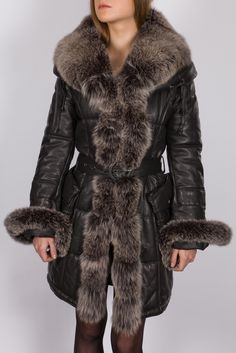 veste style doudoune tissu et fourrure renard agneau gris femme elvira giorgio wow. Black Bedroom Furniture Sets. Home Design Ideas