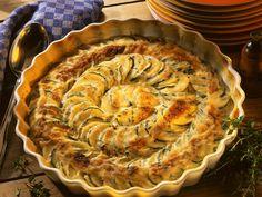 Kartoffel-Zucchini-Gratin | Zeit: 30 Min. | http://eatsmarter.de/rezepte/kartoffel-zucchini-gratin