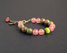 Pink green stone jewelry Unakite bracelet Pink quartz stone bracelet Green pink gift bracelet Heart chakra Calm bracelet Gentle love crystal