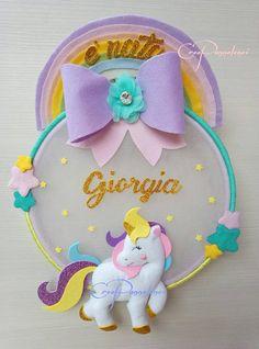 Fiocco nascita - decorazione cameretta Unicorno delle favole Baby Crafts, Felt Crafts, Diy And Crafts, Crafts For Kids, Unicorn Birthday Parties, Unicorn Party, Dance Crafts, Felt Name Banner, Fabric Dolls