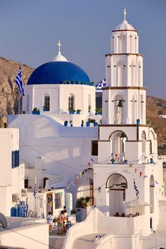 Santorini Island, Santorini Greece, Beautiful Places In The World, Places Around The World, Places To Travel, Places To Go, Greek Isles, Chapelle, Travel Images